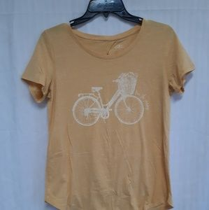 Yellow tshirt with bicycle logo